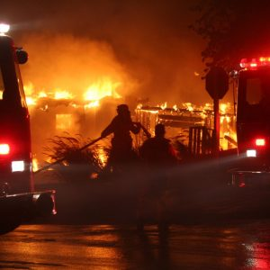 Santa Clarita Buckweed Fire 2007 - Photo by Ryan Drake